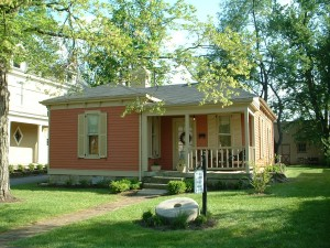 Millstone Cottage located on East Broadway in Downtown Bardstown